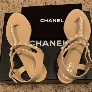 Brand new lambskin pearl Chanel sandals